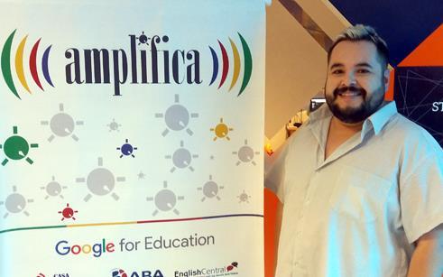 Professor da UPF Idiomas participa de evento sobre ferramentas Google