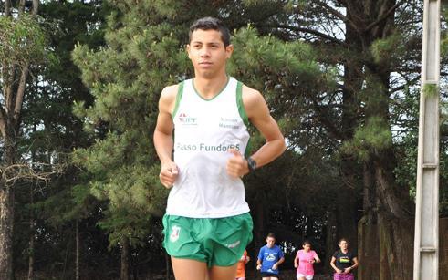 Maicon Mancuso compete em Porto Alegre