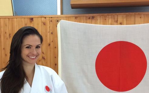 Manuela Spessatto participa de curso no Japão