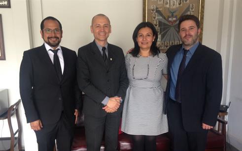Pesquisador da UPF palestra em evento de Odontologia na Colômbia