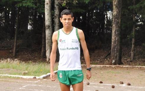 Maicon Mancuso compete em Marau no domingo (26)