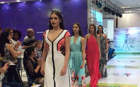 A moda expressa em tendências na passarela